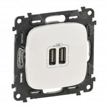 Valena ALLURE.Зарядное устройство с двумя USBразьемами 240В/5В 1500мА.С лицевой панелью.Белое, артикул 754995