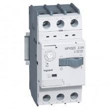 Силовой автомат для защиты двигателя Legrand MPX³ 2.5А 3P, термомагнитный расцепитель, 417306